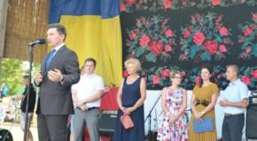 """Deputat în Parlamentul de la București, la Cetatea Albă: """"La mulți ani, români basarabeni! La mulți ani, limba română!"""""""