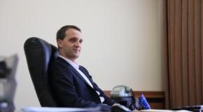 Surpriză: Fostul șef de cabinet al prim-ministrului Leancă, propus pentru funcția de ministru al Apărării