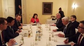 Ministrul de Externe de la București, dialog cu șeful diplomației ucrainene pe tema noii legi a educației adoptate de Rada de la Kiev
