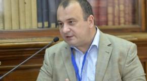 """Politolog, despre Rep. Moldova: """"Se renunţă în mod subtil la opţiunea pro-europeană şi nu se observă nimic la Bucureşti"""""""