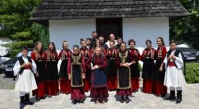 Moment istoric: Aromânii, recunoscuţi prin lege ca minoritate naţională în Albania
