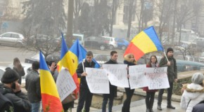 "VIDEO. Flashmob – ""Jos mâinile de pe unioniști!"""