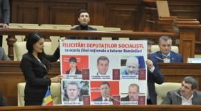 (FOTO) Socialiștii lui Dodon, felicitați cu prilejul Zilei Naționale a României. Iată de ce