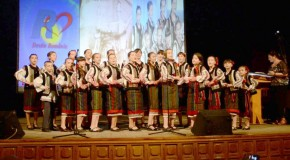 Copii din Cernăuți și Cahul, spectacol deosebit la Râmnicu Vâlcea