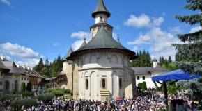"""George Simion: De ce este Putna Ierusalimul neamului românesc, iar tu stai pe Facebook şi înjuri """"popimea"""""""