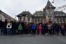 120 de copii și tineri români din Valea Timocului, la pas prin Oltenia