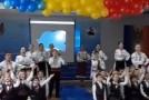 (VIDEO) Centenarul Marii Uniri într-un liceu din Edineț: Hai să ne ridicăm și să-nfăptuim Unirea!