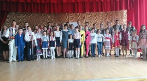(FOTO) Românași mândri și înzestrați din Sudul Basarabiei, la Gala Micilor Talente