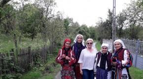 Cercetători din Chișinău și Deva, participanți la o școală de vară despre patrimoniul etnografic hunedorean