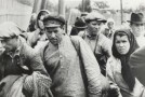 78 de ani de la primul val de deportări staliniste: Mii de familii de moldoveni au fost trimise de sovietici în Siberiile de gheață