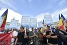Românii din județele Covasna, Harghita şi Mureş, protest la București: Codul Administrativ face ca limba maghiară să fie a doua limbă oficială în stat, iar statul român să se destrame