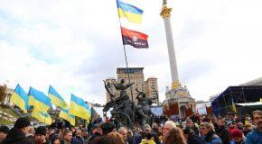 """Protest de amploare la Kiev: Mii de ucraineni au ieșit în stradă împotriva """"capitulării"""" în faţa Moscovei"""